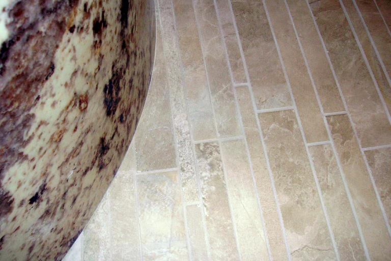P07 master bath floor detail